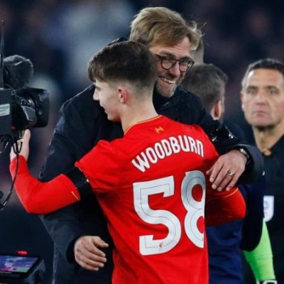 JS114882283_REUTERS_Liverpool27s-Ben-Woodburn-and-manager-Juergen-Klopp-celebrate-after-the-game-large_trans  pVlberWd9EgFPZtcLiMQf2Z8Md97Wazd7PJZ7hqThl4