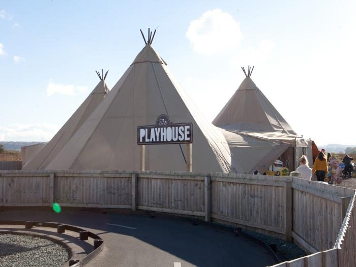 Tipi Playhouse